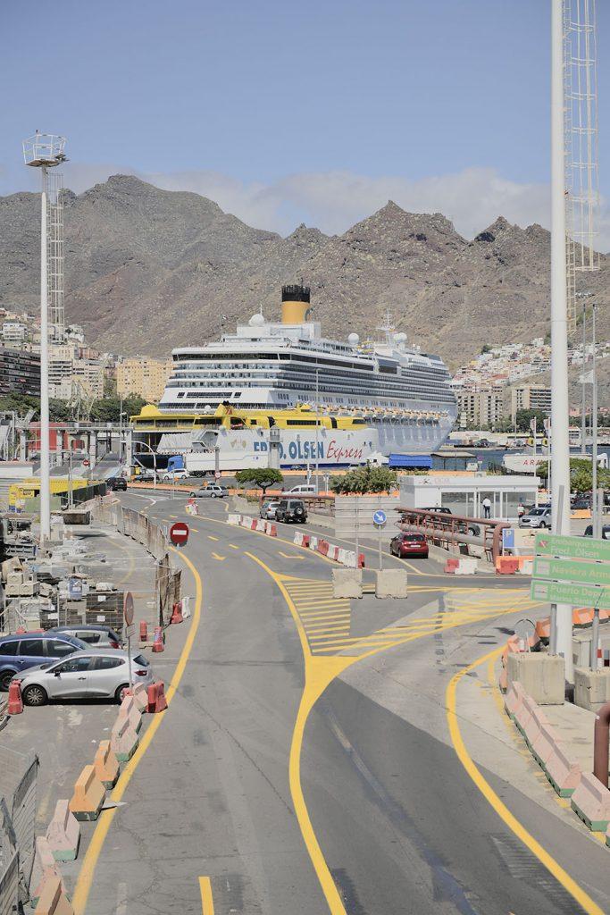 Los nuevos marinos que surcan los mares siguen atracando en Tenerife.